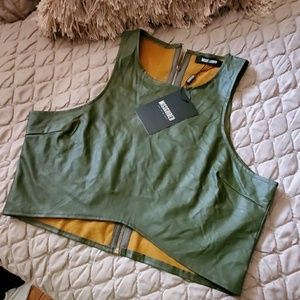 Nwt Oive green crop top